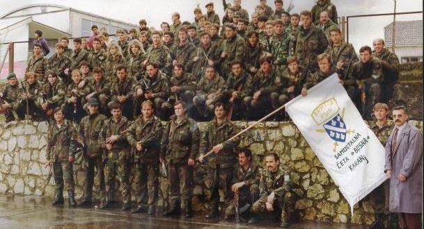 "Povodom 3.marta-Dana Patriotske lige Kakanj: 3.marta 1992.godine u Kaknju formirana četa ""Bosna"", prva organizirana jedinica Patriotske lige Kakanj"