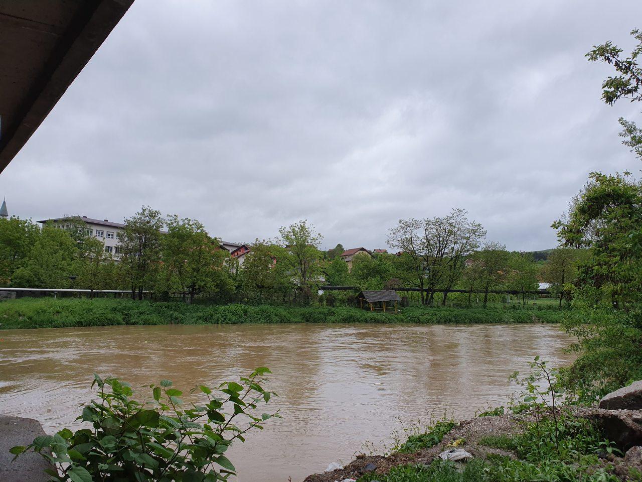 Vijest koja ohrabruje – Vodostaj rijeka na području Kaknja na sreću i dalje ne prijeti da ugrozi ljude i njihovu imovinu