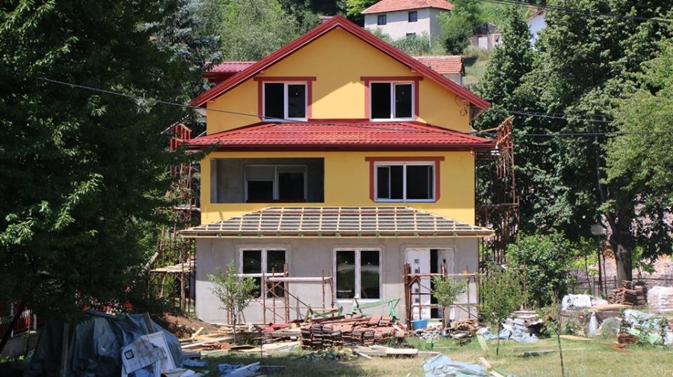 U toku radovi na rekonstrukciji i proširenju prostornih kapaciteta parohijskog doma u Kaknju