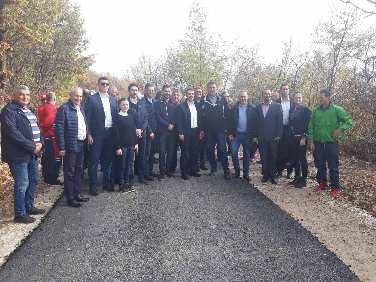 Upriličena svečanost povodom završetka radova na asfaltiranju saobraćajnice Bištrani – Mali Trnovci