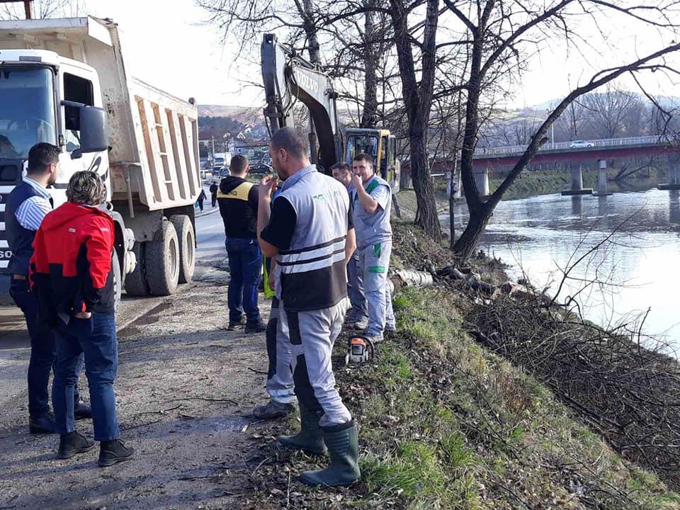 U Kakanj stiže novih gotovo pola miliona KM: Novi radovi na uređenju desne obale rijeke Bosne u Kaknju