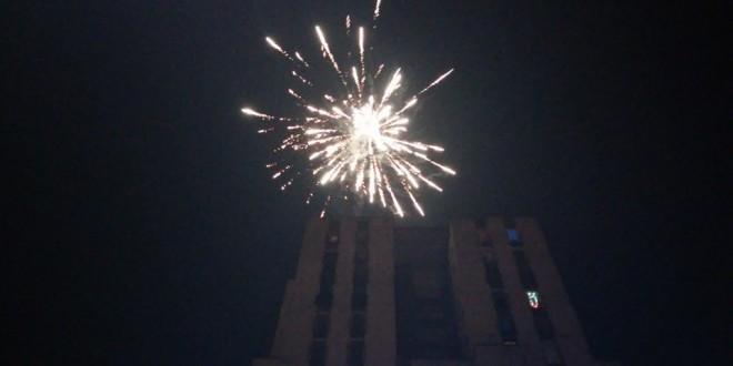 U toku pripreme za doček Nove godine na otvorenom u Kaknju