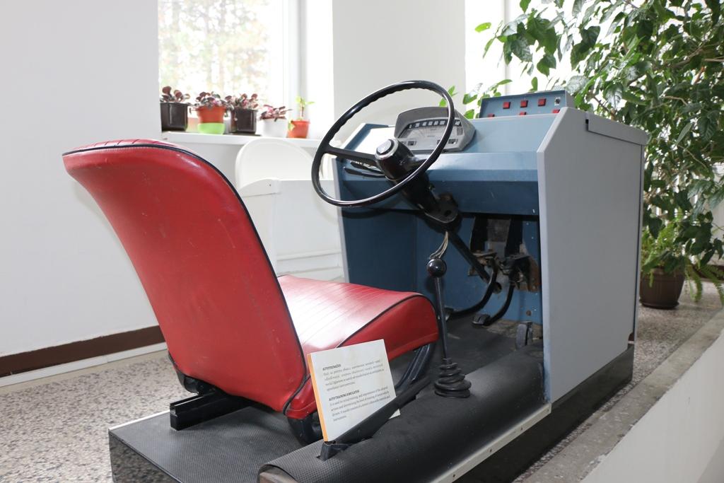 Pred 15. januar-Dan vozača i automehaničara: Predstavljamo jedan od najljepših eksponata Muzeja Kaknja-stari FIAT autotrenažer koji je u Kaknju služio dugi niz godina